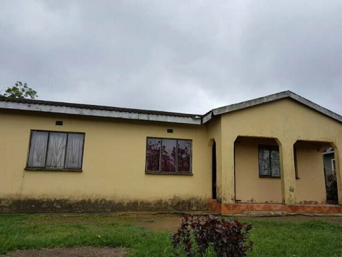 House for Sale at Ilovu