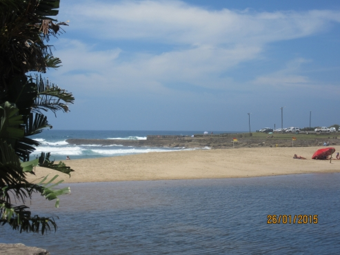 UVONGO – 1 bedroom – four sleeper - holiday flats in St Michaels-on-Sea Shelly Beach