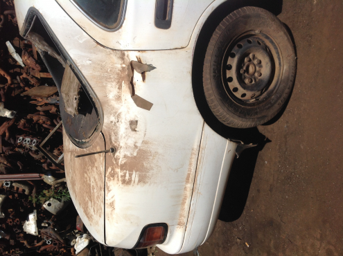 Stripping Toyota Camry 200i 1996 for Spares