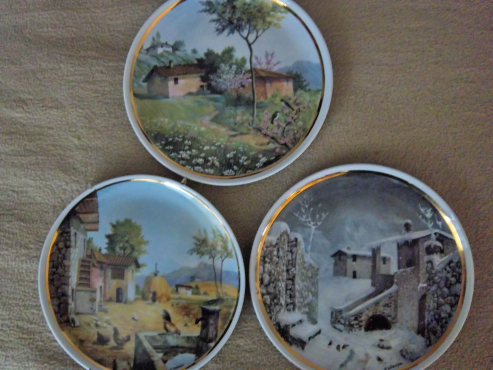 Royal Decor four seasons wall plate(s)