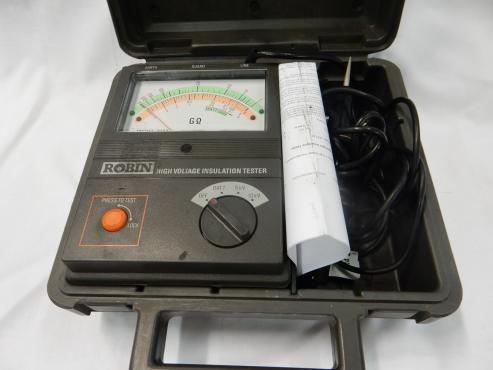 3123 Robin High Voltage Insulation Tester