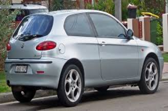 Complete Alfa romeo 147 silverton  in colour stripping for spares   for sale  complete engine, compl
