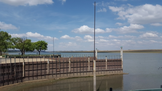 *Reduced* *Bargain* Waterfront stand for sale