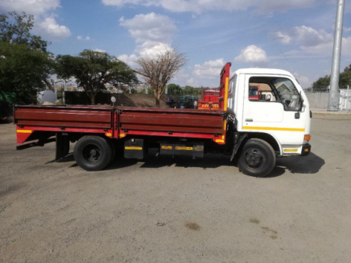 TRUCK FOR HIRE R550