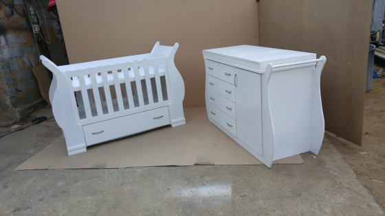 baby cot and compactum r 5999 00 junk mail. Black Bedroom Furniture Sets. Home Design Ideas