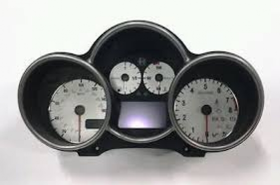 Alfa Romeo 147 dashboard clusters  For sale    contact 0764278509    whatsapp 0764278509