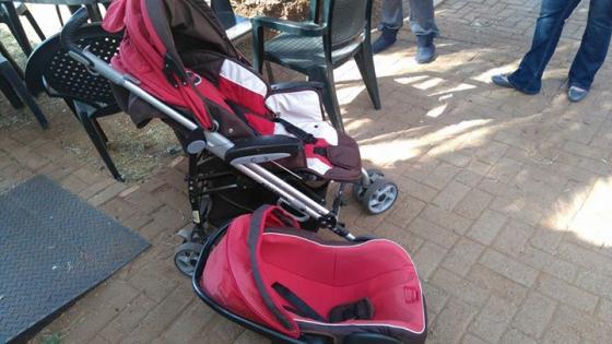 Chelino C3 pram and car seat combo
