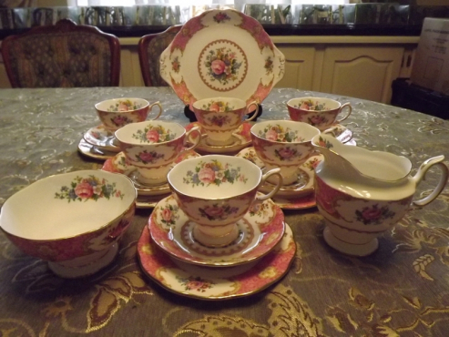 Royal Albert Lady Carlyle 21 piece tea set .Made in England .