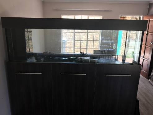 Aquarium for sale - 800 Liter
