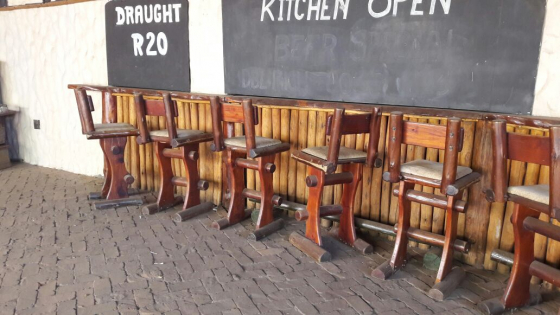 5 x Bar chairs for sale R250 each