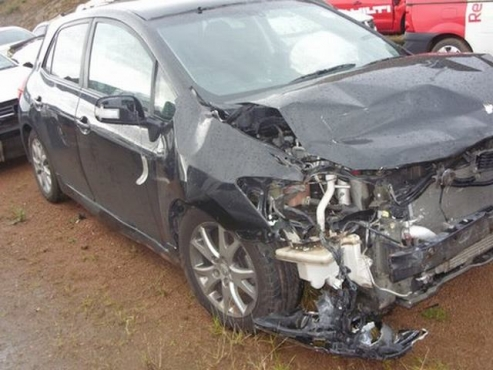 salvage/accident toyota auris trd