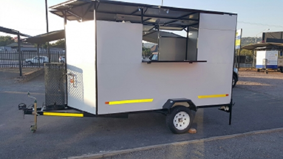 IMMEDIATELY AVAILABLE.........FAST FOODT RAILER....BRAND NEW....!!!!!!!!!