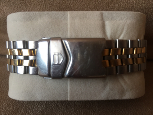 TAG HEUER 1500 RARE VINTAGE COLLECTORS WATCH