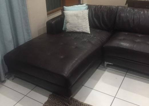 L Shape Lounge-suite
