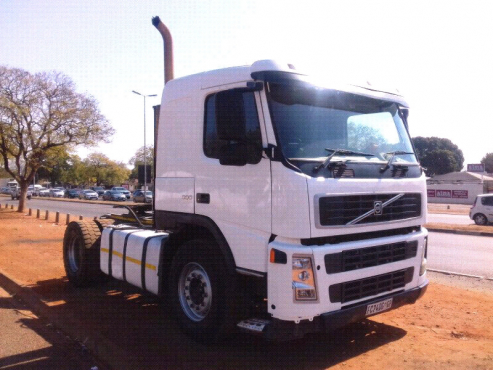 Volvo FM 380 Horse Neat Hydraulics Truck Tractor