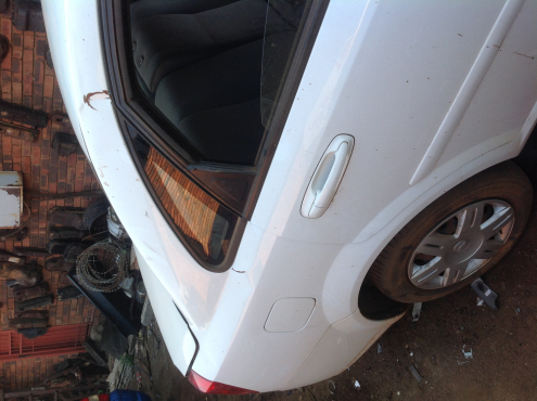 Stripping Chev Optra 2011 for Spares