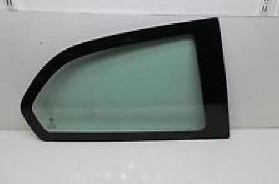 Alfa Romeo 147 3door quater glasses  for sale  Contact 076 427 8509  Whatsapp 0764278509  Tel: 012 7