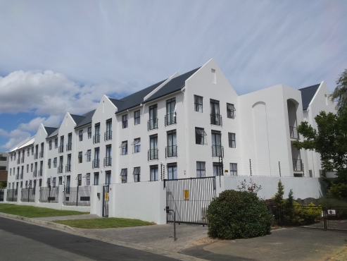 2 Bedrooms apartment for sale in Melrose Square Stellenbosch