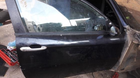 Alfa Romeo 147 2door and 4 door complete doors for sale  Contact 076 427 8509  Whatsapp 0764278509