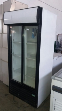 Staycold fridge with two slide doors for sale.
