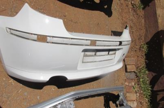 2005 BMW E87 Rear Bumper White For Sale