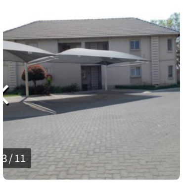 2nd floor townhouse for sale-Klippoortjie enclosure,Boksburg