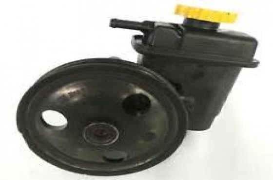 Chrysler Neon power steering pump for sale   Contact 076 427 8509   Whatsapp 0764278509   Tel: 012 7