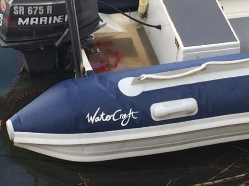 Rubberduck met 40 hp Mariner