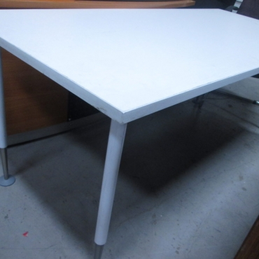 White Reading desk