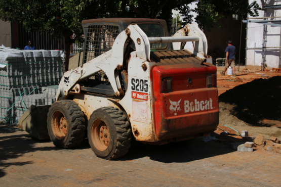 Tlb & Bobcat hire Best Prices!
