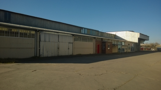 3,000m2 Industrial building for sale/to let  in Powerville, Vereeniging