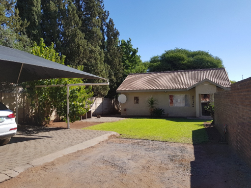 FULLY FURNISHED  FLAT TO LET IN KURUMAN