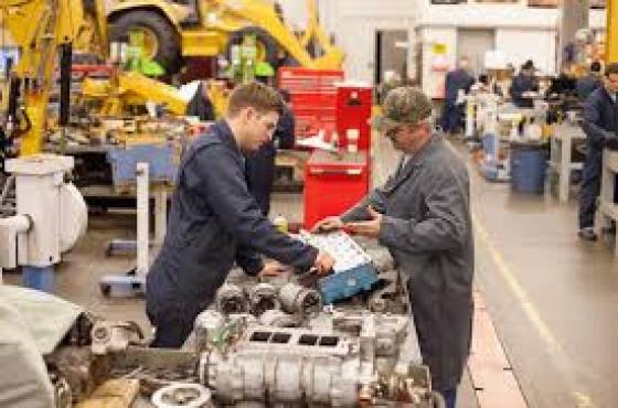 career field analysis diesel mechanic Career education » diesel  with an emphasis in diesel/heavy duty mechanics  wanting to enter the non-marine side of the diesel mechanic field.