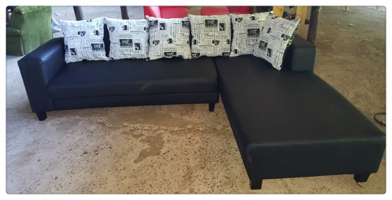 lounge suite sale at marges.k. furniture ph 0603059903
