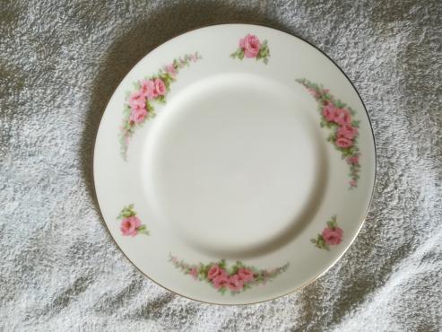 Pink Rose Dinner Service