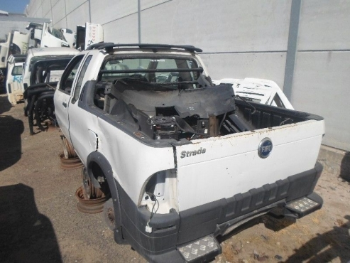 2010 fiat strada breaking up for spares