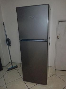 KIC top freezer
