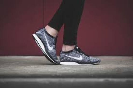 Nike Racer Sneaker
