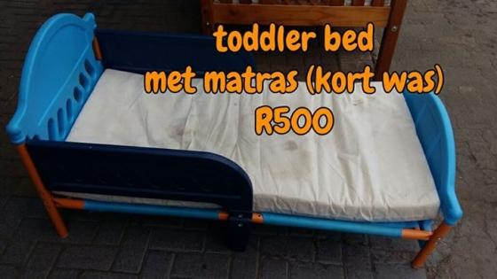 Toddler bed met matras