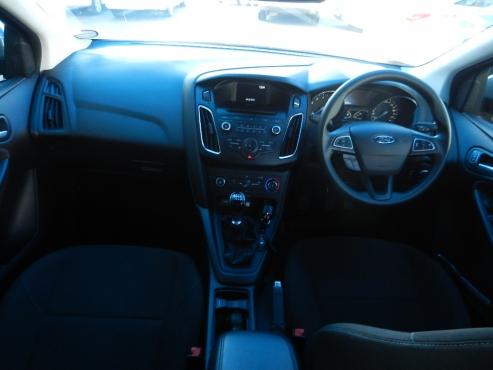 2017 ford focus se manual transmission