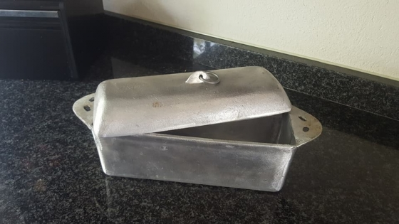 Aluminium bread pot