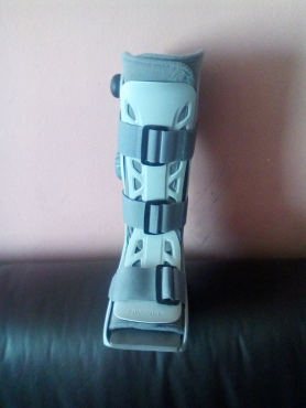 Aircast moon boot