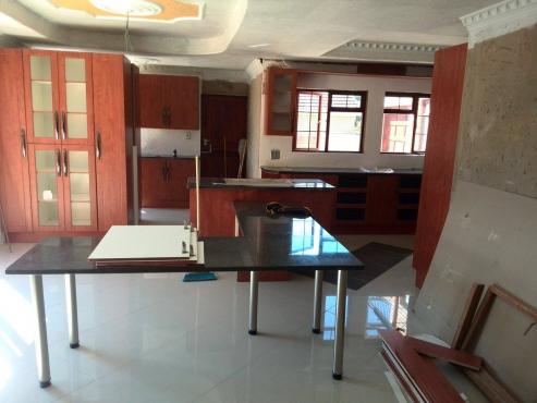 Granite Tops - Kitchen, Bathroom, Bar