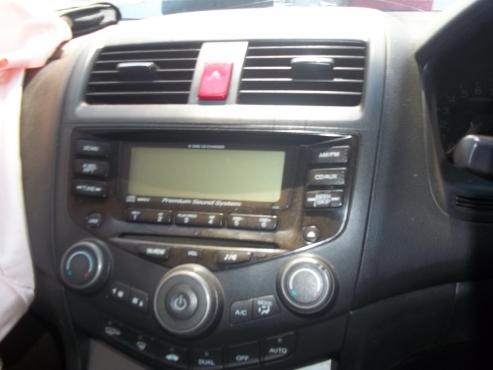 Honda Accord radio f