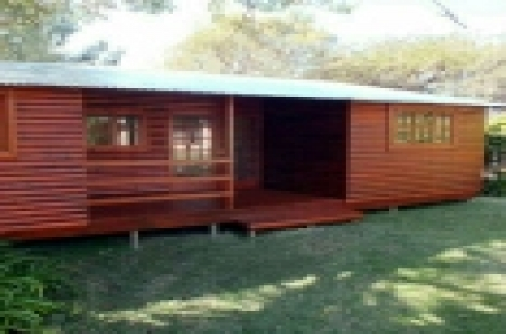 log homes and wendy houses for sell