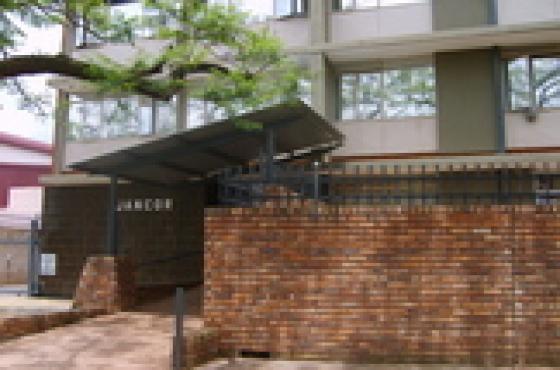 Pretoria North. Ground unit with garden, 2 Bedroom Flat To Let