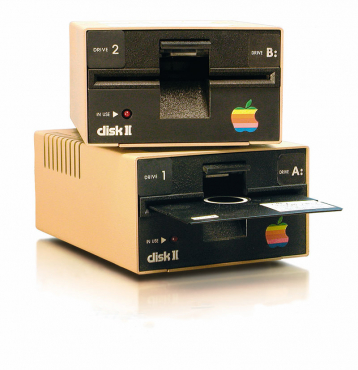 """Apple II+ 5.25"""" floppy disks / software wanted"""