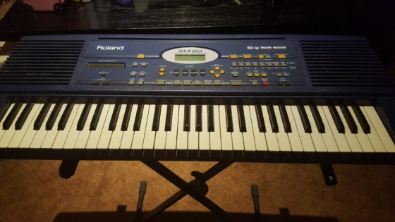 Roland EM-20 Keyboard with Stand