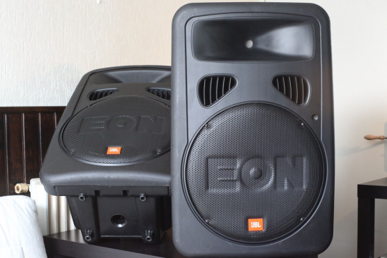 JBL Speakers EON G2 wanted in Good condition