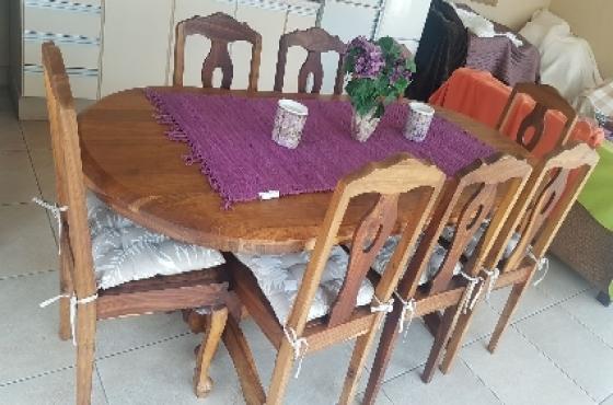 Solid Kiaat Dining Room Set